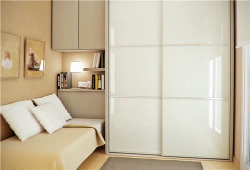 资讯 案例 按空间查看 正文  图片中的衣柜设计,造型非常的简洁,采用图片