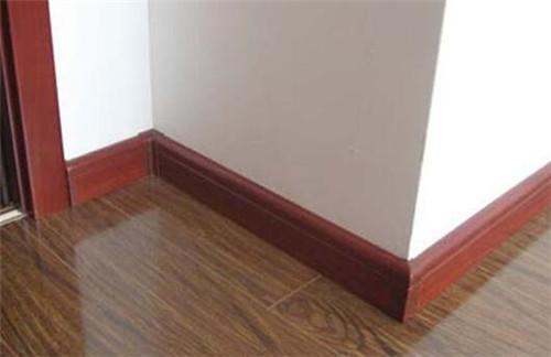 木地板踢脚线安装方法解析 这样安装简单又实用