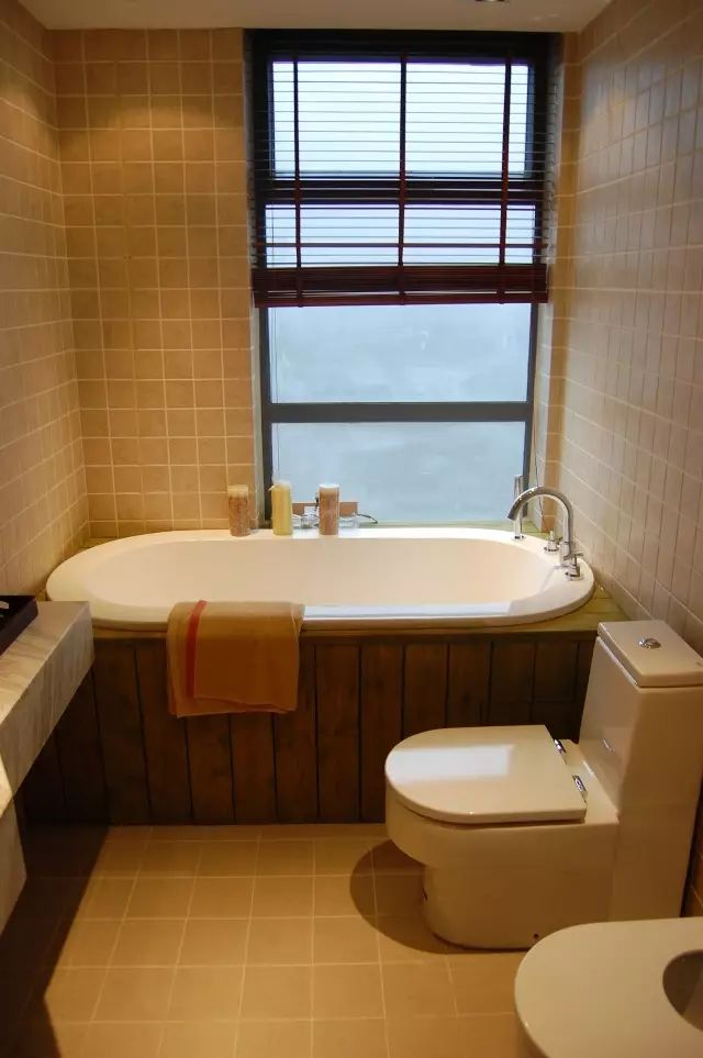 小型卫生间装仹f�x�_小型卫生间怎么装