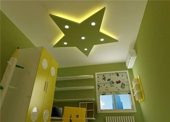 儿童房的新意也少不了另类的吊顶,这款五角星形状的吊顶,配合着灯光