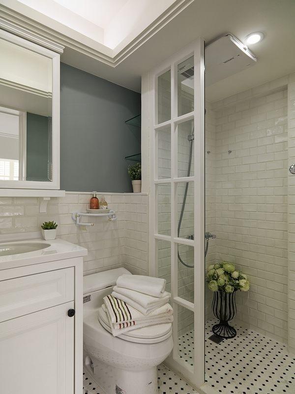""""""" ——网友吐槽 """"卫生间淋浴区的防水做到了1."""