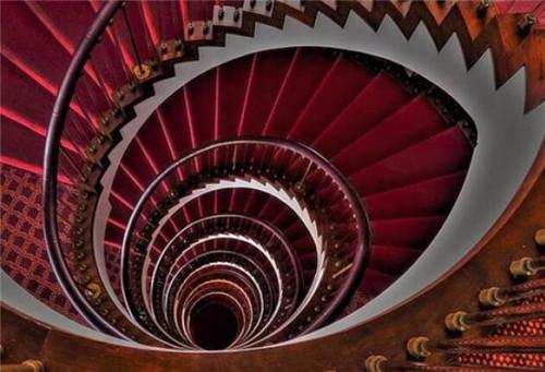 螺旋楼梯价格要多少 四大因素影响螺旋楼梯价格