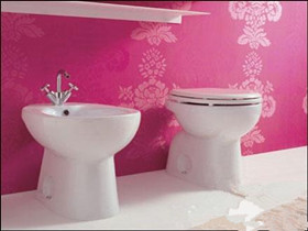 卫生间墙纸选购技巧 卫生间墙纸粘贴注意事项