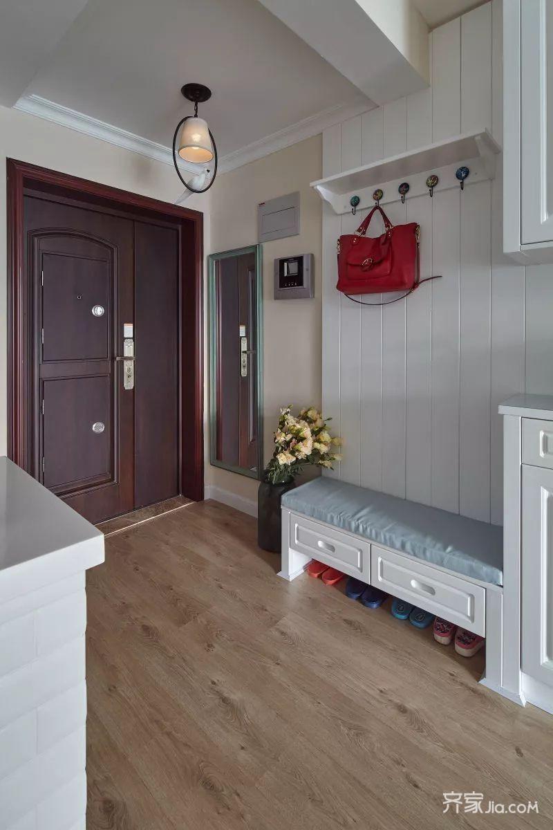 三居室美式风装修玄关