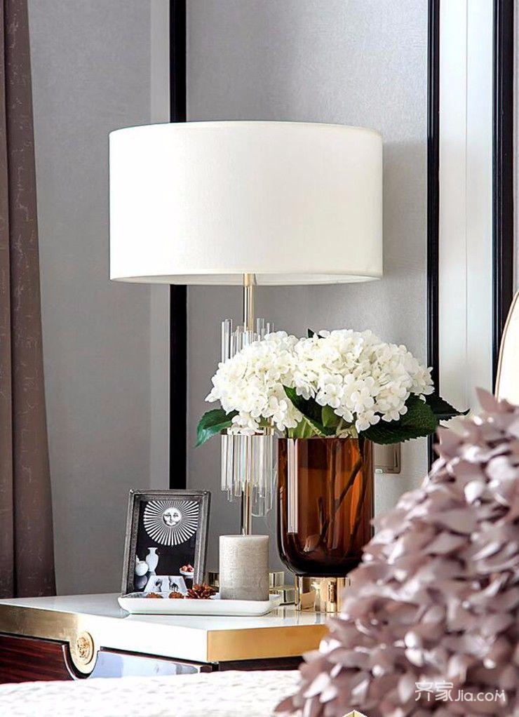三居室现代简约风格装修灯饰