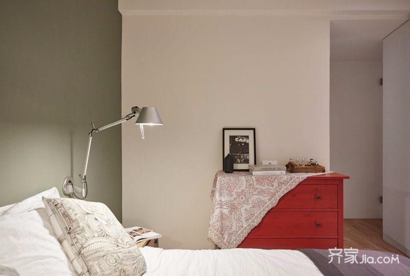 80平欧式风格家卧室设计图