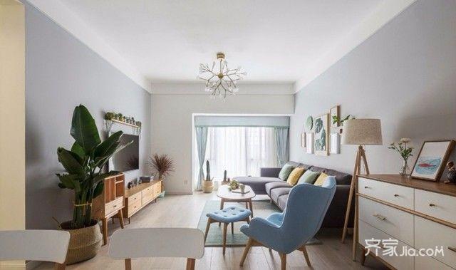 二居室简欧风格装修客厅布置图