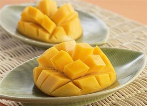芒果的功效与作用有哪些 食用芒果应注意哪些事项