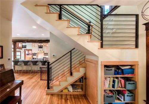 复式楼楼梯类型有哪些 复式楼梯如何设计比较合理图片