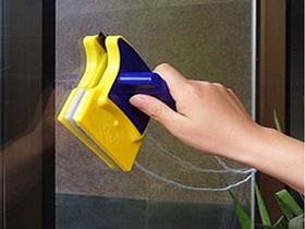 玻璃胶怎么洗  对付玻璃胶小窍门