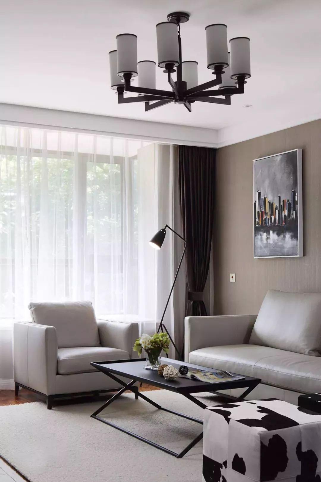 客厅阳台打通,窗帘挂客厅还是阳台