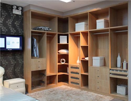 衣柜家具用什么材料好 衣柜品牌介绍