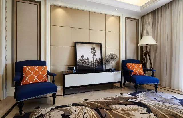 一般要求简洁明快,使用大量木饰面装饰,重度装饰的沙发背景墙和电视图片