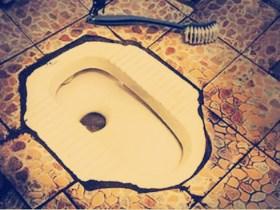 厕所老堵怎么办 哪些原因会导致厕所下水道的堵塞