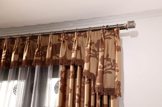 窗帘轨道价格 窗帘轨道安装小妙招