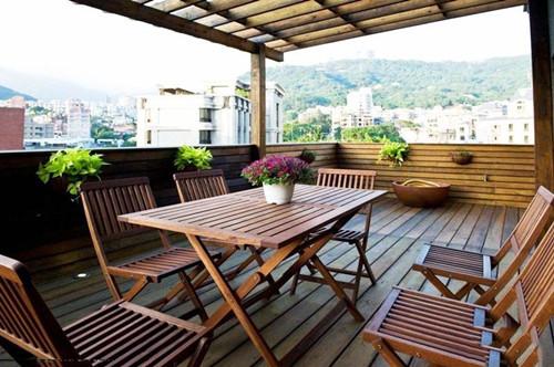 露天阳台设计效果图 为你添置一个休息的场所