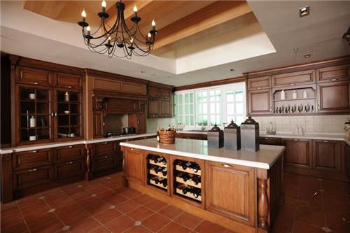 厨房用什么瓷砖好 如何挑选厨房瓷砖
