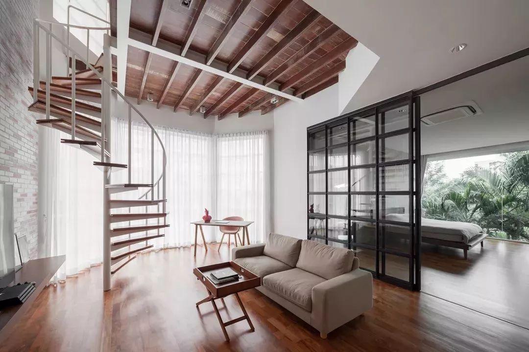 40平小复式楼装修,楼梯做收纳其实是最好的选择图片