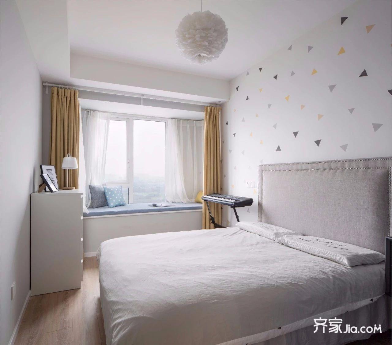 装修设计 长沙装修 长沙装修案例 简约现代   卧室床头背景墙以浅灰偏