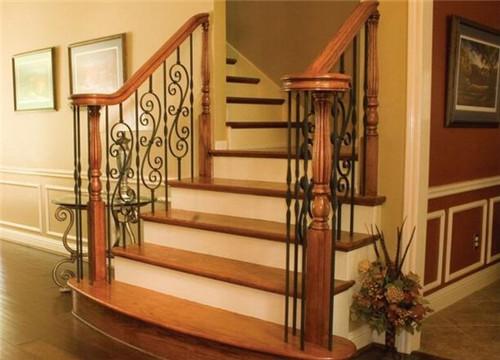 家用楼梯扶手用哪种好 楼梯扶手的安装事项