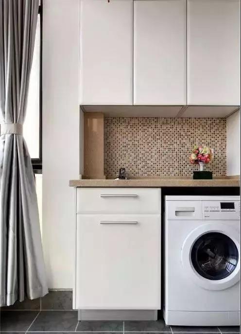 阳台这样装修,既漂亮又实用,19张效果图给洗衣机一个家!图片