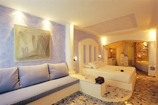 豪华地中海风格别墅卧室设计