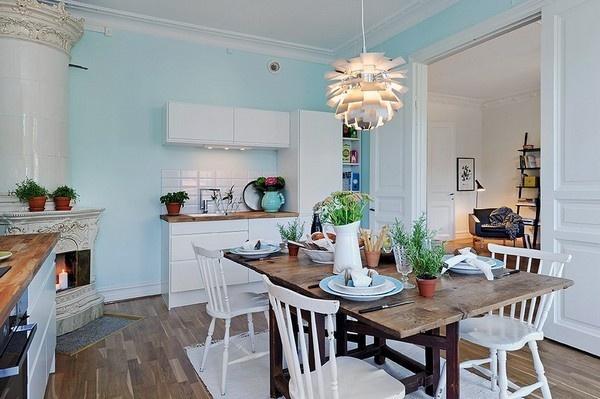北欧风开放式厨餐厅 清新淡绿色背景墙设计