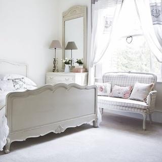唯美纯白色北欧风 小户型公寓装饰图