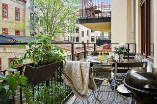 现代家装半开放式阳台设计