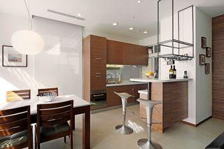 实木现代家装厨房案例图