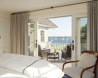 美式风格卧室布艺窗帘配置