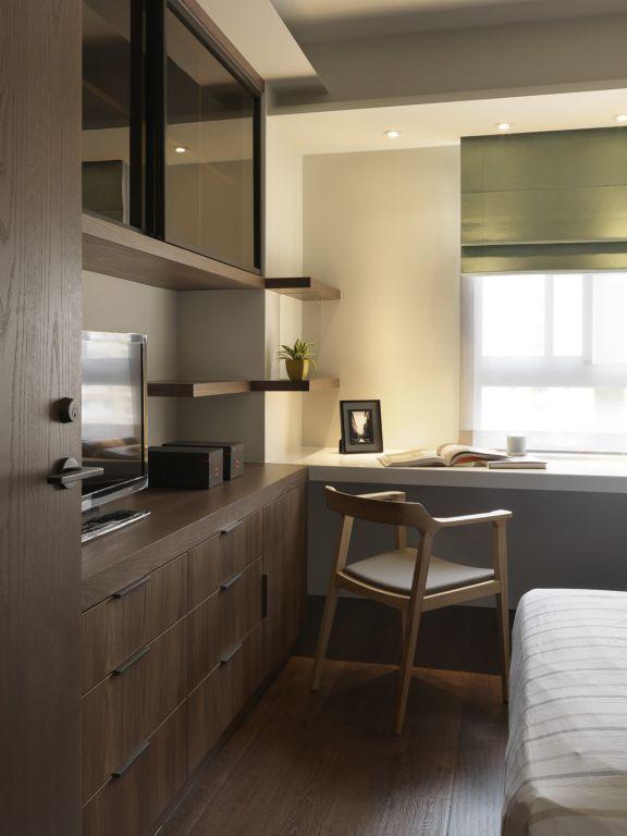 现代家装卧室实木电视柜设计