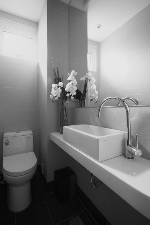 简洁宜家卫生间水龙头安装