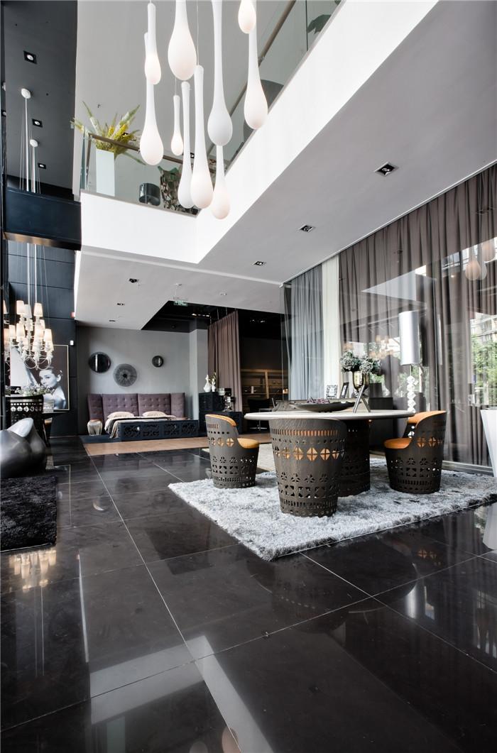时尚摩登复古混搭风 跃层客厅装饰
