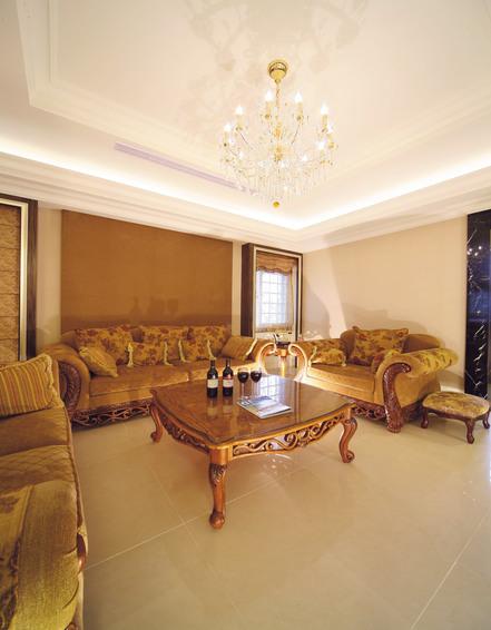 欧式别墅客厅装饰设计