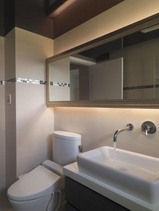 现代日式卫生间水龙头安装图