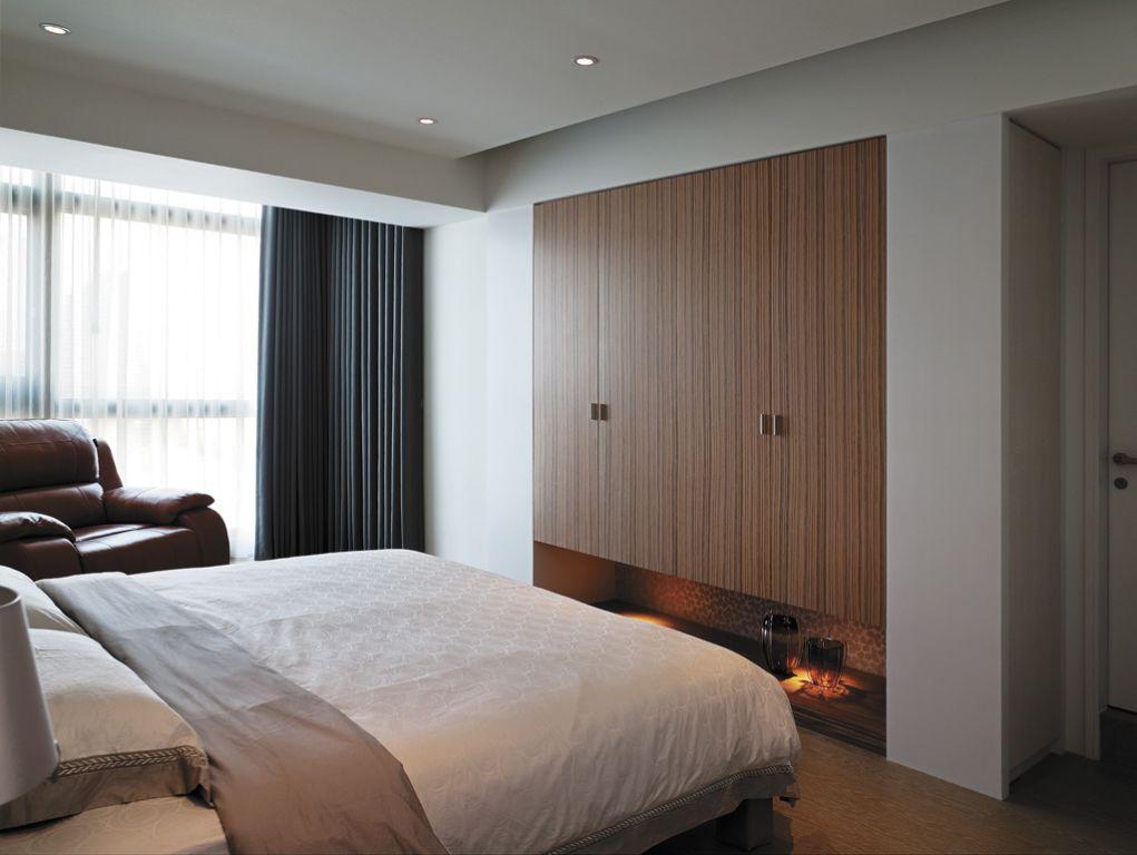 简约风宜家风卧室 个性木质衣柜图片