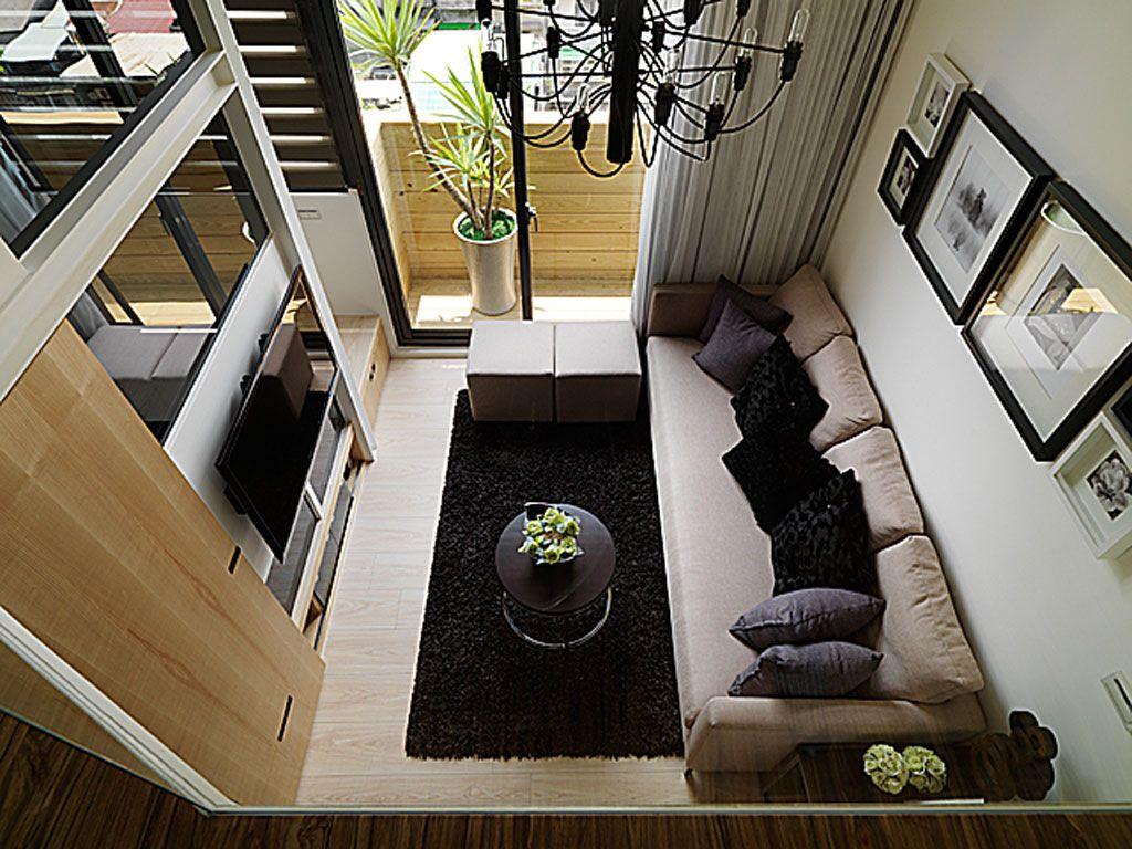 挑高空间跃层客厅俯瞰图效果图