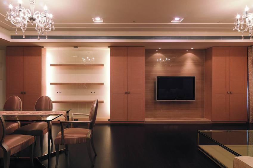 简约现代餐客厅电视柜装饰图