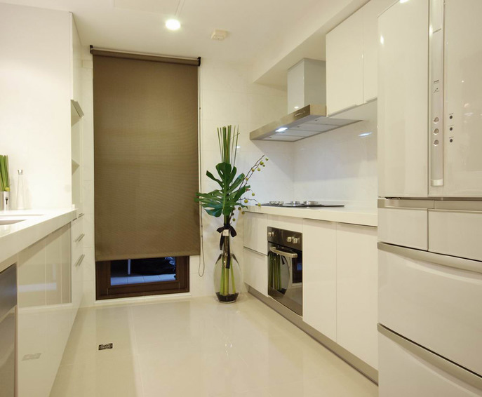 白色现代家居厨房效果图