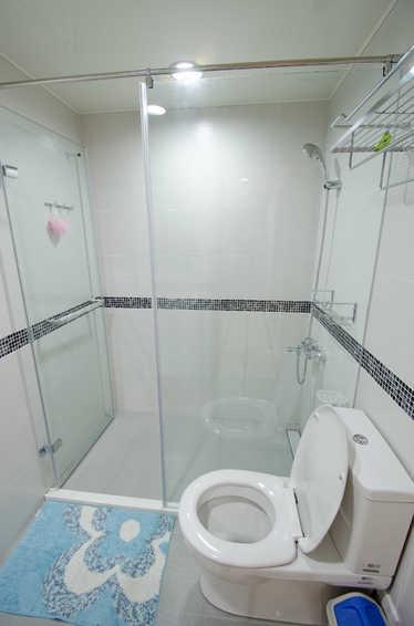 小户型卫生间简约装修图