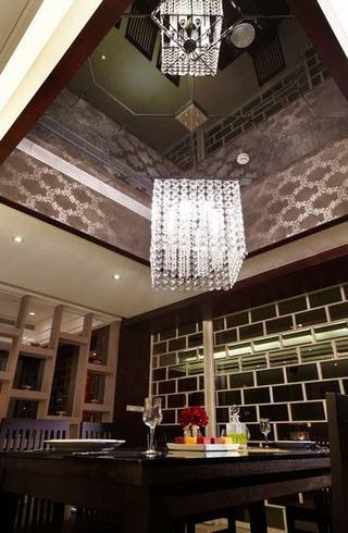 奢华新古典餐厅吊顶效果图
