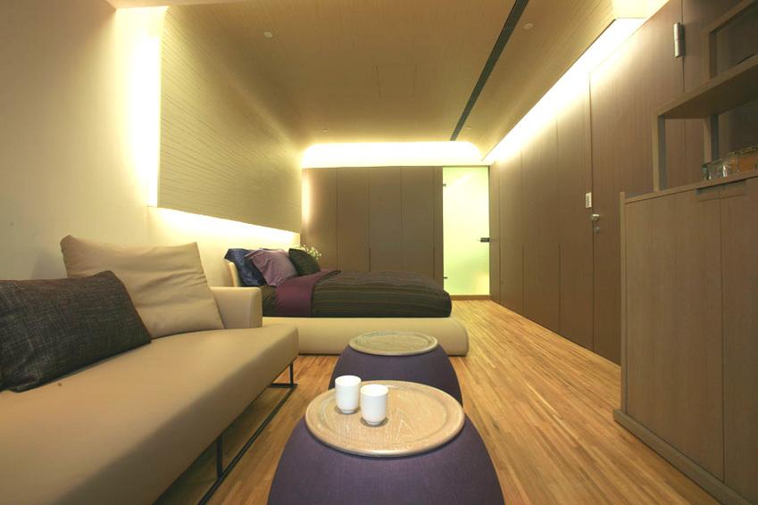 素雅现代卧室灯带设计