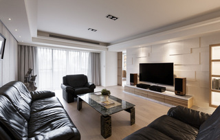 黑白现代家装客厅效果图