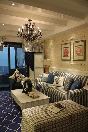 地中海风格客厅布艺沙发设计