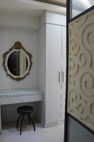 古典美式家居化妆台效果图