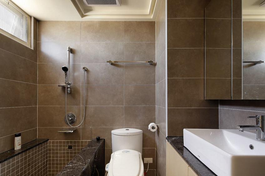 浅咖色现代风卫生间墙面设计
