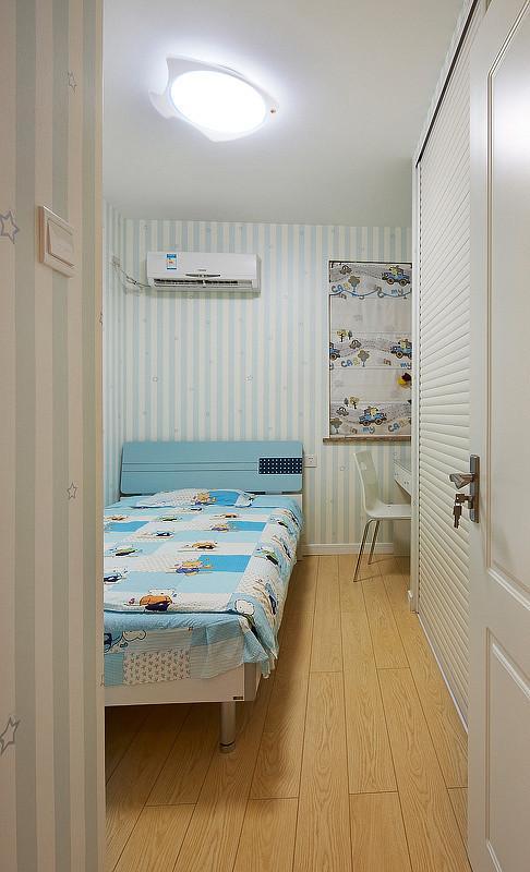 清新现代儿童房吸顶灯装饰