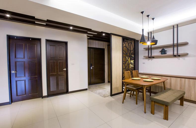 素雅日式家居室内门设计