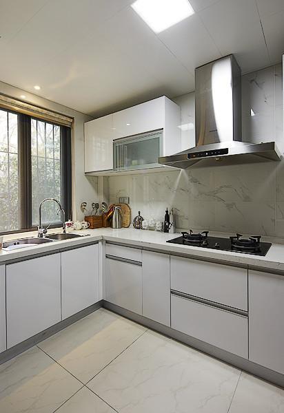 时尚现代装修厨房油烟机安装图